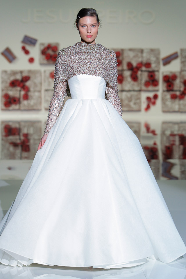 the new jesus peiro 2017 wedding dress collection.
