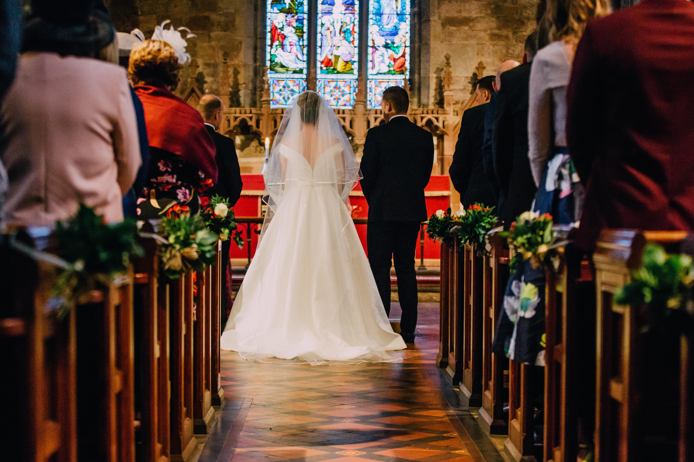 Real Bride Wears Jesus Peiro 7007