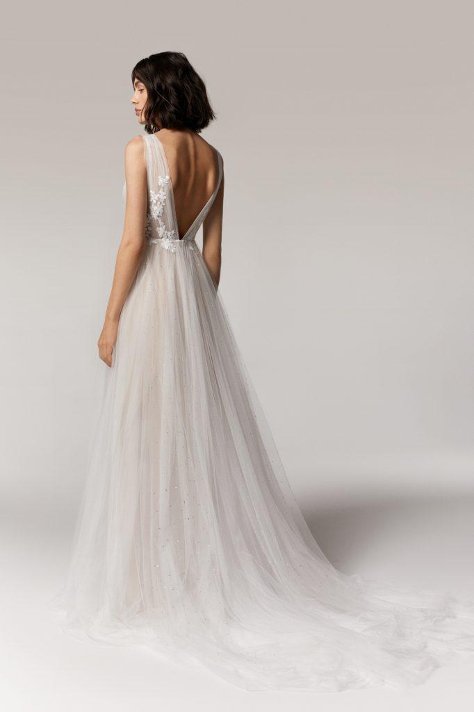 Anna Kara Jaspis Wedding Dress at Cicily Bridal