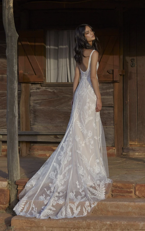 Evie Young Zola Wedding Dress at Cicily Bridal