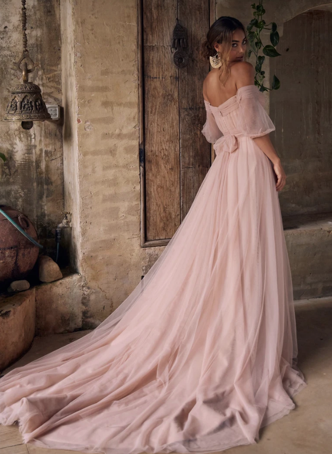 Evie Young Sierra Wedding Dress at Cicily Bridal